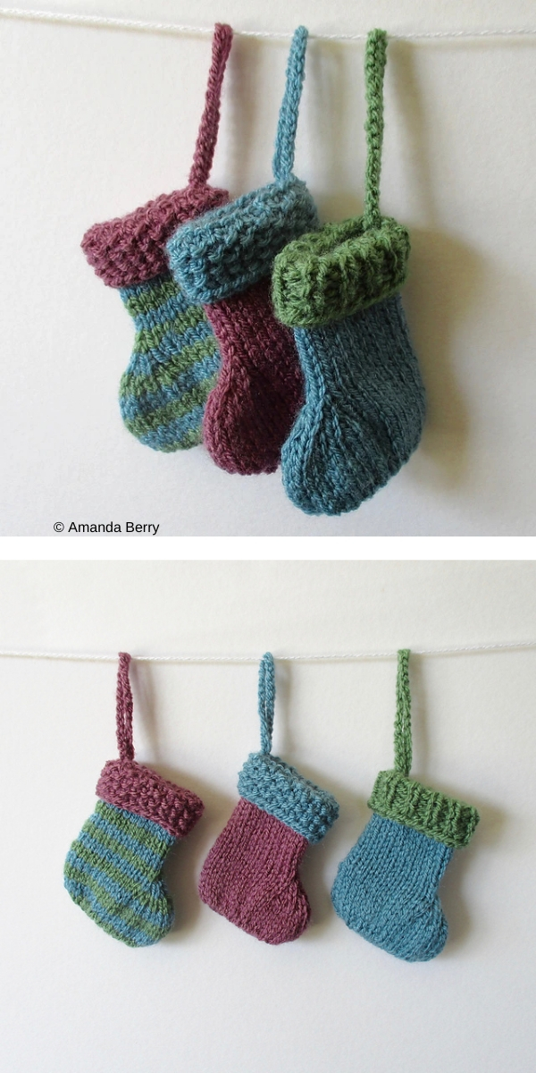free knitting pattern: Mini Christmas Stockings