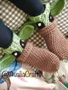 comfy alien socks