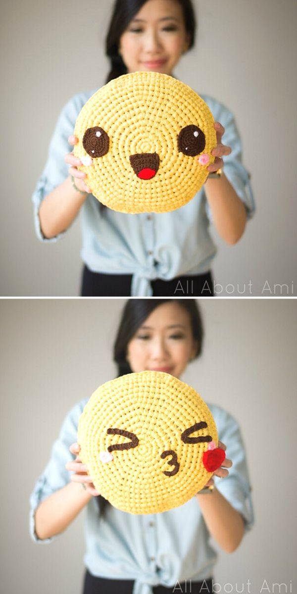 Pillowji PillowsFree Crochet Pattern