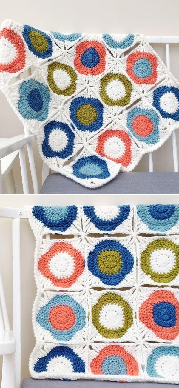 Atomic Flowers Blanket